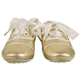 Louis Vuitton-Louis Vuitton - Baskets en cuir super doux or clair avec lacets en ruban 38 chaussures-Doré