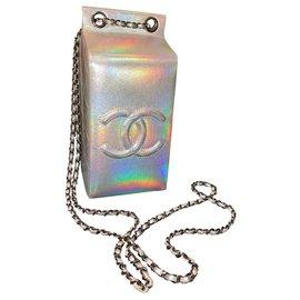 Chanel-Bolsa Chanel Lait de Coco-Prata