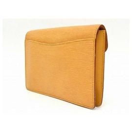 Louis Vuitton-Louis Vuitton Epi Leather Clutch Second Bag Montaigne-Noir