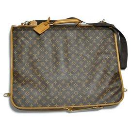 Louis Vuitton-Étui Louis Vuitton Garment-Marron