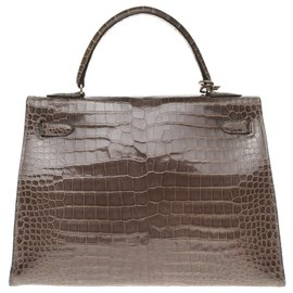 Hermès-Superbe et rare Kelly 32 en Crocodile Porosus gris éléphant, garniture en métal plaqué or !-Gris