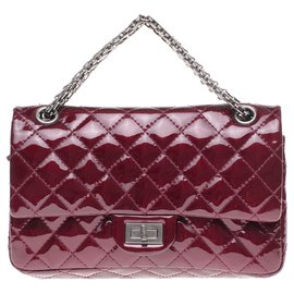 Chanel-Superb Chanel handbag 2.55 in burgundy patent quilted leather, Garniture en métal argenté, in excellent condition!-Dark red