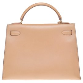 Hermès-Kelly 32 saddler in Courchevel Gold and shoulder strap, gold plated metal trim-Golden