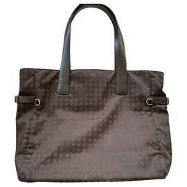 Chanel-8H-Brown
