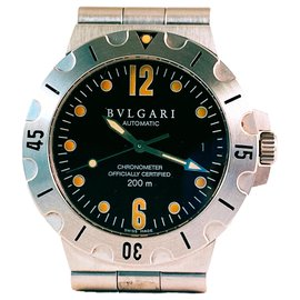 Bulgari-Bvlgari Diagono Scuba SD 38 S-Silvery