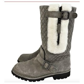 Chanel-CHANEL Gray suede biker boots with very good condition T fur.39-Grey