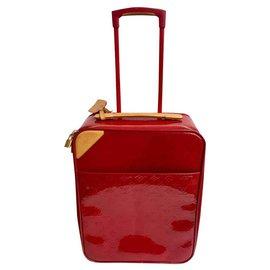 Louis Vuitton-Valise Pégase 48H cuir verni rouge-Rouge