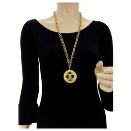 Chanel-large CC logo Medallion pendant-Golden