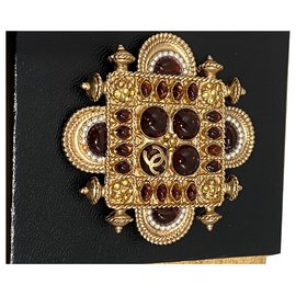 Chanel-Pins & brooches-Golden,Orange