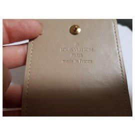 Louis Vuitton-Pochettes-Jaune