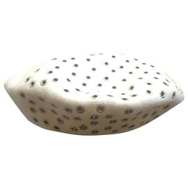 Dior-Hats-Eggshell