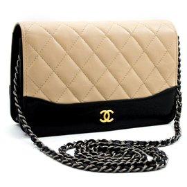 Chanel-Bolsa de ombro Chanel-Bege