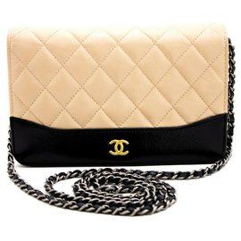 Chanel-Pochette Chanel porté épaule-Beige