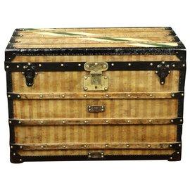 Louis Vuitton-Superbe Malle Louis Vuitton à toile rayée 1870/1890-Marron