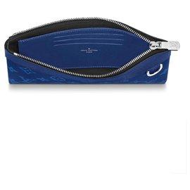 Louis Vuitton-Pochette découverte nouveau-Bleu