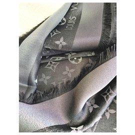 Louis Vuitton-Foulards de soie-Noir