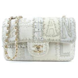 Chanel-Sac à rabat patchwork en tweed moyen blanc Chanel-Marron,Blanc,Beige