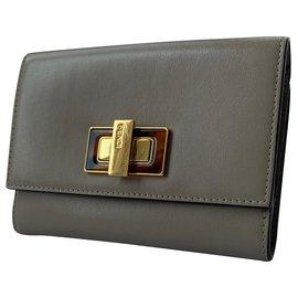 Fendi-Fendi Peekaboo medium wallet-Grey
