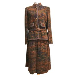 Chanel-Skirt suit-Brown