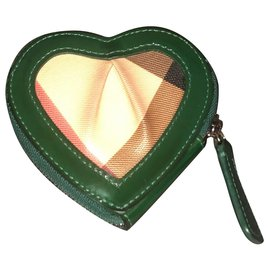 Burberry-Purse-Green