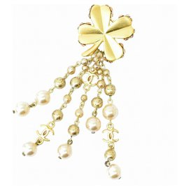 Chanel-Chanel brooch-Golden