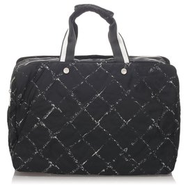 Chanel-Chanel Black Old Travel Line Travel Bag-Black,White