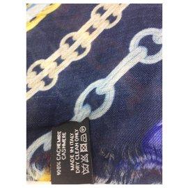 Chanel-CHANEL Cashmere Scarf Ecru, blue & fuchsia-Blue,Multiple colors