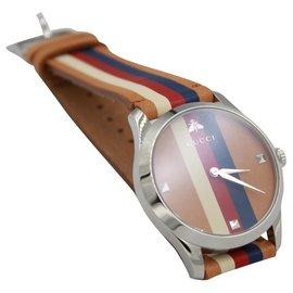 Gucci-Gucci Uhr in braun, Blau, rotes und weißes Leder.-Braun