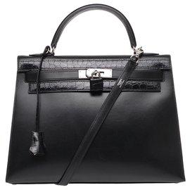 Hermès-Sublime Sac Hermès Kelly 32 bandoulière en cuir box noir, garniture en métal argent palladié customisé avec crocodile porosus noir-Noir