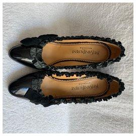Yves Saint Laurent-Vintage YSL patent pumps-Black