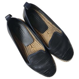 Fendi-Leather espadreilles-Black
