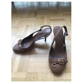 Burberry-Burberry leather sandals-Caramel