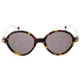 Dior-Des lunettes de soleil-Multicolore