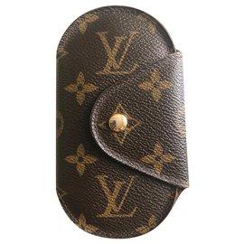 Louis Vuitton-Porte clé Louis Vuitton-Marron