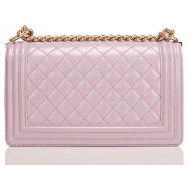 Chanel-Chanel Boy Bag hellviolett , mittlere Größe , perfekter Zustand , neuf-Lila