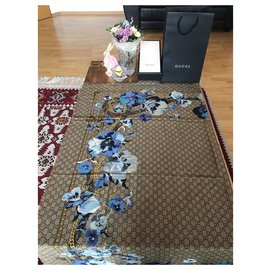 Gucci-gucci bloom florl foulard nouveau-Beige,Bleu clair