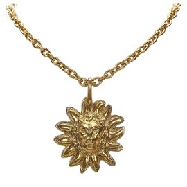 Chanel-Chanel Gold Leo Lion Sun Medallion Necklace-Golden