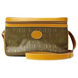 Gucci-Authentic Vintage Gucci Logo Embossed Travel Vanity Crossbody Bag w / Pouch-Kaki