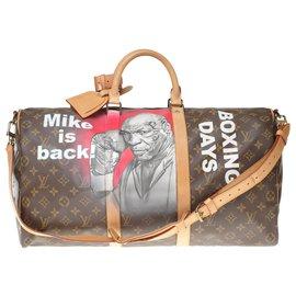 """Louis Vuitton-Sac de voyage Louis Vuitton Keepall 50 à bandoulière en toile monogram customisé """"Mike Tyson Vs Mickey"""" numéroté #64 par PatBo-Marron"""