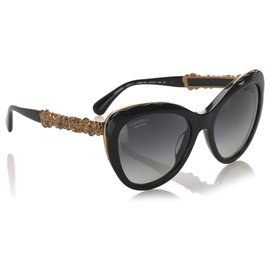 Chanel-Chanel Black Bijou Cat Eye Tinted Sunglasses-Black,Golden
