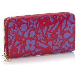 Louis Vuitton-Louis Vuitton Red Vernis Sweet Monogram Zippy Wallet-Red,Purple