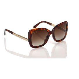 Chanel-Lunettes de soleil teintées marron Chanel Butterfly-Marron,Marron foncé