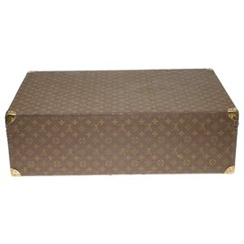 Louis Vuitton-Very beautiful Louis Vuitton vintage rigid suitcase 70cm in monogram canvas and leather, brass trim-Brown