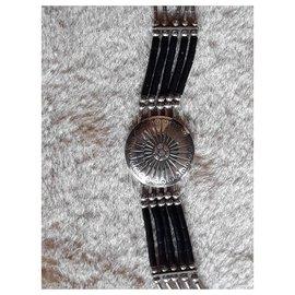 Harpo-Necklaces-Silvery