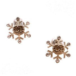 Chanel-Superb Earrings in Silver Metal and Logo C / C with small Crystals (roses) on each branch of the Star (6).-Silvery
