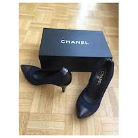 Chanel-Chanel Pumps-Black,Navy blue