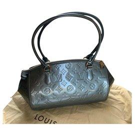Louis Vuitton-Sherwood-Bleu clair