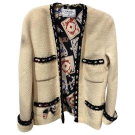 Chanel-Terno de saia-Bege