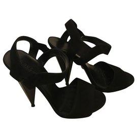 Gucci-Cone heel sandals-Black
