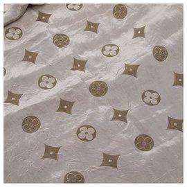 Louis Vuitton-Écharpe en soie grise monogram Louis Vuitton-Gris